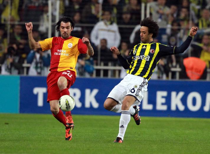Galatasaray Fenerbahçe Derbisi Lig TV'den Canlı Yayınlanacak (16 Aralık 2012)