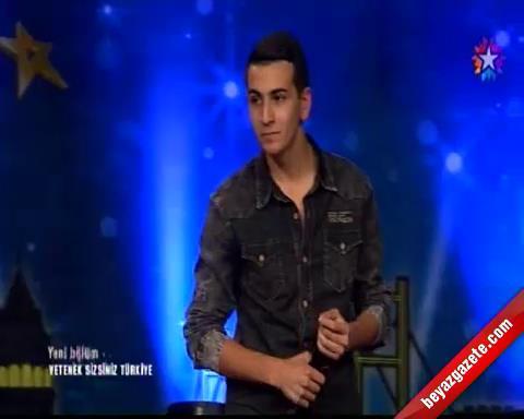Yetenek Sizsiniz Türkiye Gökhan Cengiz'in Beatbox Performansı İzle (08.12.2013)