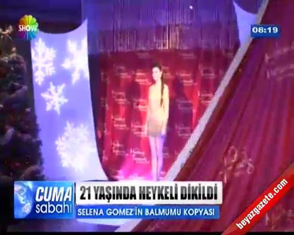 Selena gomez in 21 yaşında bal mumu heykeli dikildi