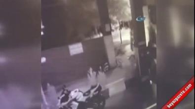 Motosiklet hırsızları kameralara yaklandı