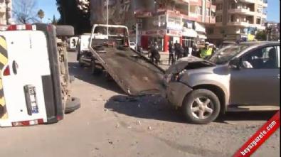 Servis aracına kamyonet çarptı