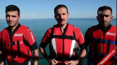 Bitlis'te 'kablolu su kayağı' keyfi