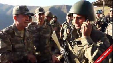 Hulusi Akar'dan asker babasına telefon