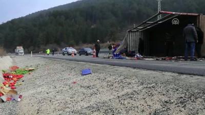 Sebze yüklü kamyon devrildi: 1 yaralı - ÇANKIRI