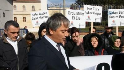 Sinoplu kadınlar gönüllü askerlik başvurusunda bulundu