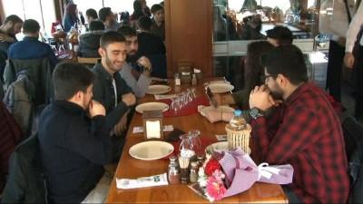 Arnavutköy Belediyesi, ARGEM mezunu üniversiteli gençleri ağırladı
