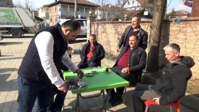 Kahvehanenin 1 günlük çay paralarını Afrin'e bağışladı