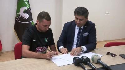 Denizlispor, Fas asıllı Hollandalı futbolcu Ismail Aissati ile sözleşme imzaladı - DENİZLİ