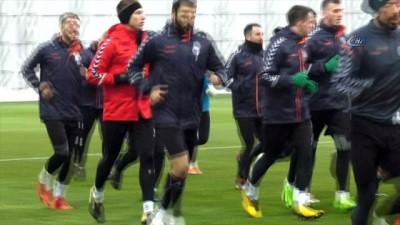 Atiker Konyaspor'da Eto'o ilk antrenmanına çıktı
