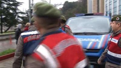 Doktoru dövüp ormanlık alana atan 2 kişi tutuklandı