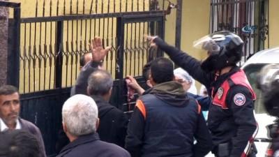 İki grup arasında kavga çıktı: 5 kişi yaralandı, 15 kişi de gözaltına alındı
