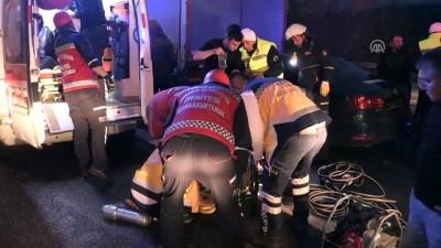 Otomobil ile tır çarpıştı: 3 yaralı - DÜZCE