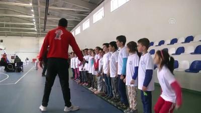Geleceğin şampiyonları ilkokul sıralarında belirleniyor - KASTAMONU