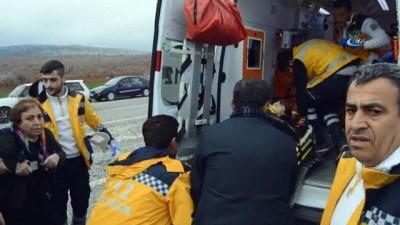 Adıyaman'da iki otomobil çarpıştı: 1 ölü, 5 yaralı