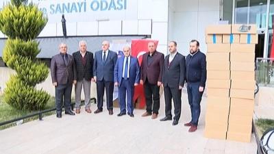 Malatya'dan Mehmetçik'e 7 ton kayısı