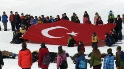 Tekden Koleji öğrencilerinden Mehmetçiğe anlamlı destek