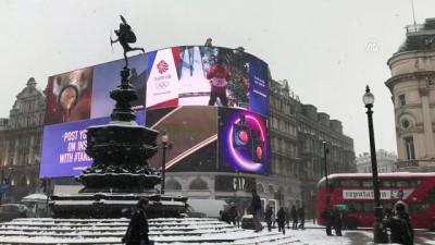 İngiltere'de kar ve don hayatı olumsuz etkiliyor - LONDRA