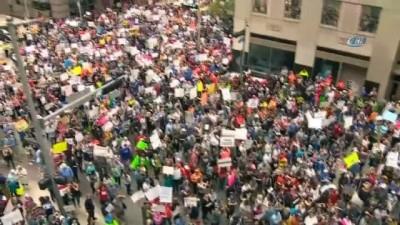 - ABD'de insanlar silahlanmaya karşı sokaklara döküldü