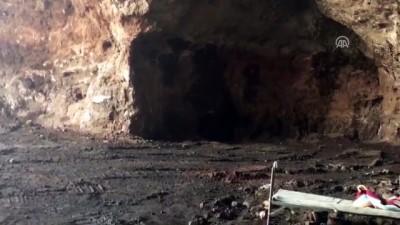 Afrin'de tuzaklanan patlayıcılar imha ediliyor (2)
