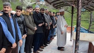 Ordu'da kardeşi tarafından kazara vurulan Ebru Kara toprağa verildi