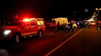 Ambulans ile otomobil çarpıştı: 5 ölü, 2 yaralı (2) - KAYSERİ