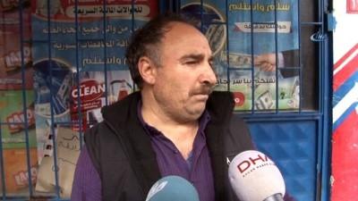 Başakşehir'de silahlı 3 soyguncu bir marketi soyarak kayıplara karıştı