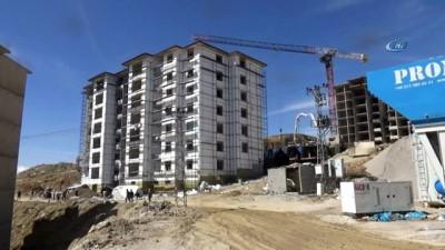 Yüksekova'daki 3 bin 63 konut hızla yükseliyor