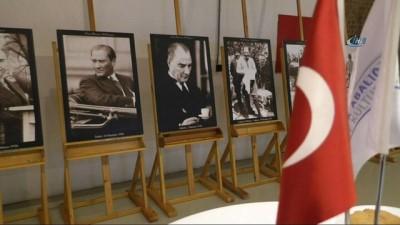 Hanri Benazus'un koleksiyonundan oluşan 240 adet Atatürk fotoğrafı görücüye çıktı