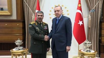 Cumhurbaşkanı Erdoğan, Azerbaycan Savunma Bakanını kabul etti