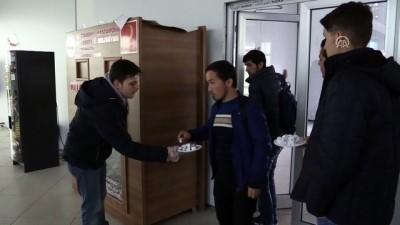 Afrin şehitleri için üniversitede lokum dağıttılar - KASTAMONU