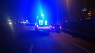 Makas atan otomobil, trafiği birbirine kattı: 4 yaralı