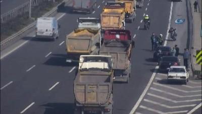 Hafriyat Kamyonları sürücüleri Kuzey Avrupa Otoyolu'nda eylem yapıyor