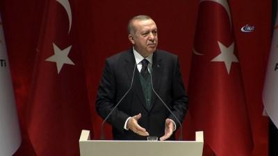 Cumhurbaşkanı Erdoğan: 'Kendisine bölücüleri yoldaş edinen bu yapı bırakınız Mustafa Kemal'i, Türkiye'nin partisi olamaz'