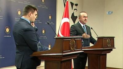 Dışişleri Bakanı Çavuşoğlu: 'Bir terör örgütünü en üst düzeyde karşılanması esasen Fransa'nın terör örgütleri konusunda çifte standart içinde olduğunun göstergesidir'