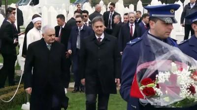 Başbakan Yıldırım, Aliya İzzetbegoviç'in kabrini ziyaret etti - Detaylar - SARAYBOSNA