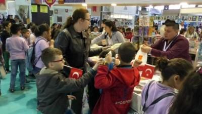 Denizli Büyükşehir Belediyesi Kitap Fuarı açıldı