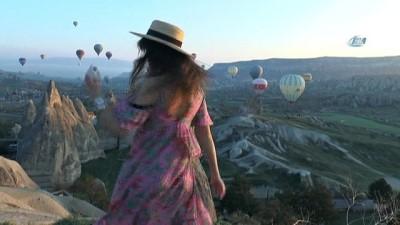 Turistler gün doğumunu balonda karşıladı