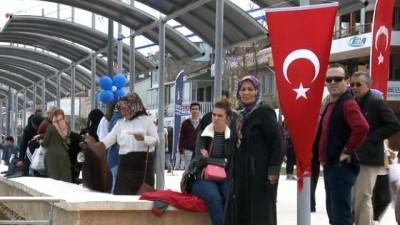 Hakan Çavuşoğlu 'Mudanya sahil bandı''nı törenle açtı