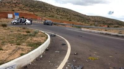 Ticari araç ile otomobil çarpıştı: 9 yaralı
