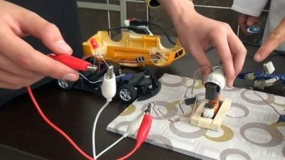 Oyuncak arabasını şarj etmekten sıkıldı, uzaktan hızlı şarj sistemi kurdu
