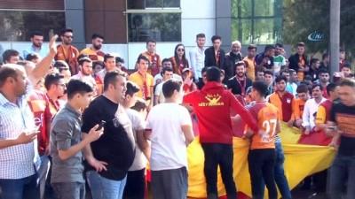 Galatasaray, Türk Telekom Stadyumu'nda hareket etti