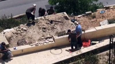 - İsrail Kudüs'teki Er-Rahme Mezarlığı'na baskın düzenledi