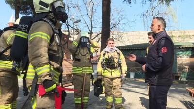 Şehit itfaiyeci Çebi'nin ekibi ile bir yangına ilişkin konuşması (ARŞİV) - İSTANBUL
