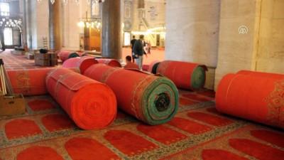 Süleymaniye Camisi'nin halısı yenileniyor - İSTANBUL