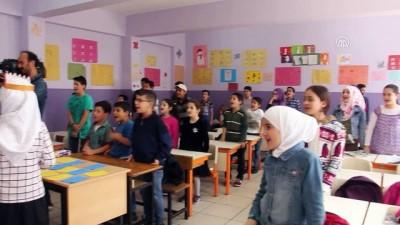 Büyükelçi Berger'den, Suriyeli öğrencilere ziyaret - İSTANBUL