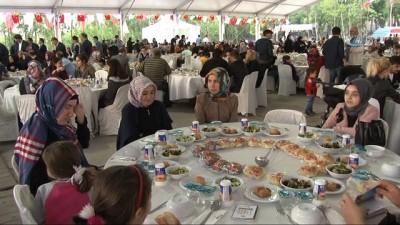 13 ülkenin yetim çocukları Esenler'deki iftarda buluştu