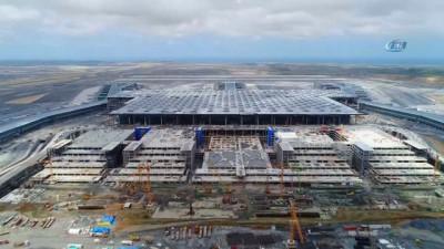 Yüzde 90,5'i tamamlanan üçüncü havalimanı inşaatı havadan görüntülendi