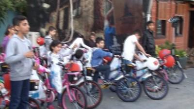 200 yetim çocuk iftar sofrasında buluştu