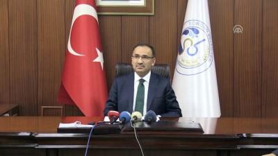 Bozdağ: 'Amerika'dan arayan kişiye kayıtsız şartsız inanıyorsunuz da Türkiye Cumhuriyeti Devletine niye inanmıyorsunuz?'- ANKARA