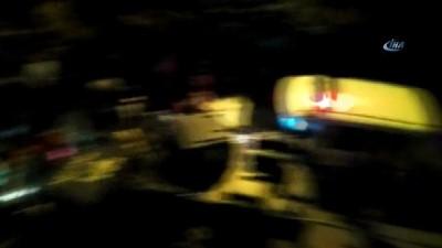Sultanbeyli'de mahalleli, çocuğu taciz ettiği iddia edilen şahsın evini bastı